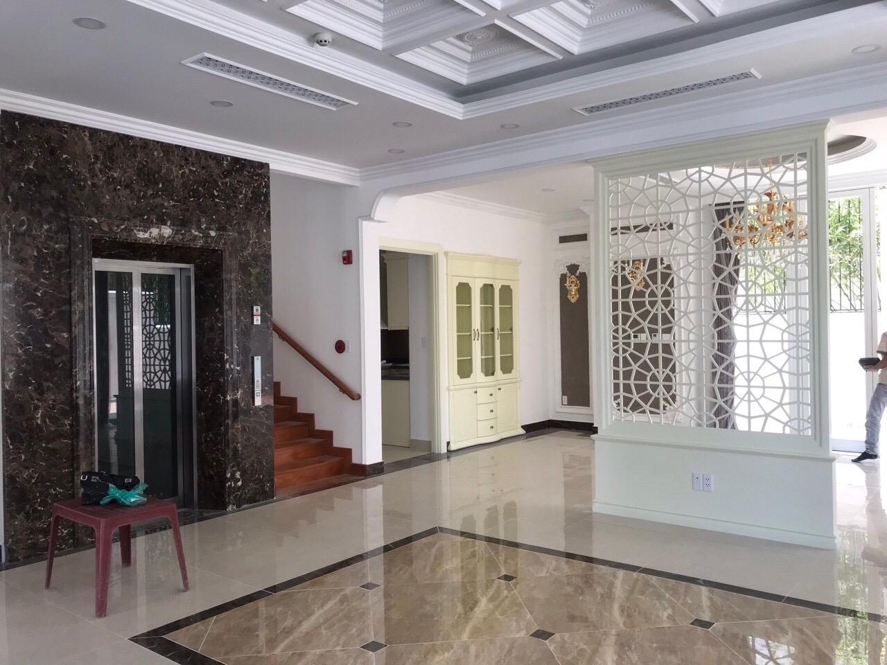 Biệt Thự Saroma Thủ Thiêm, có thang máy, thiết kế sang trọng