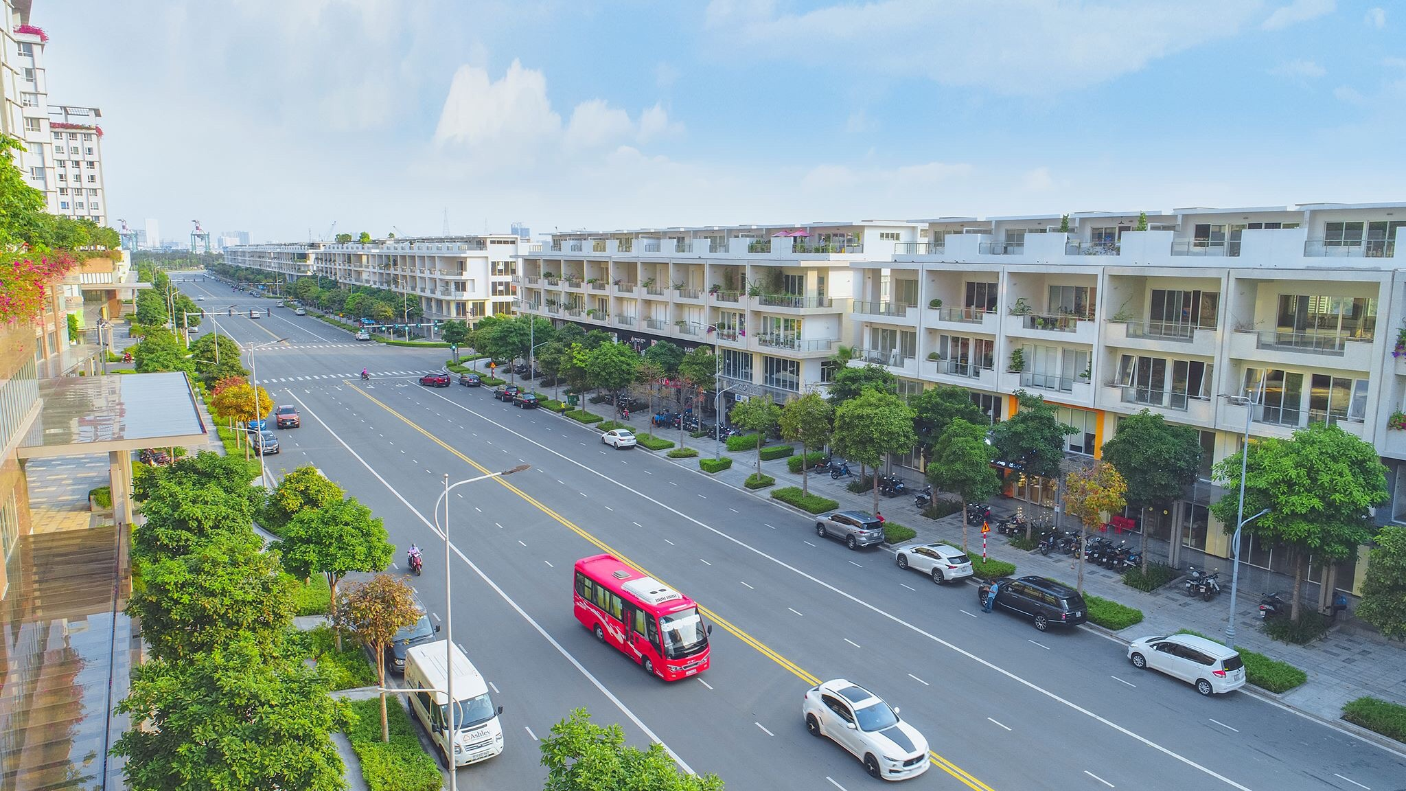 Hình ảnh thực tế khu nhà phố thương mại Nguyễn Cơ Thạch