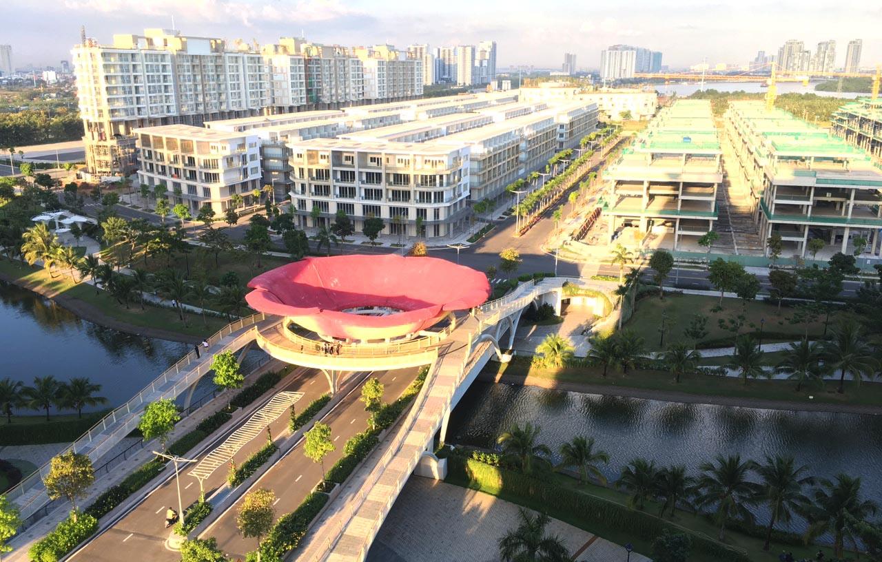 Hình ảnh thực tế chụp từng công viên nhìn về khu Sari Town Thủ Thiêm.