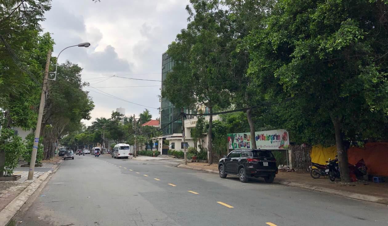 Bán nhà đất mặt tiền Thảo Điền Quận 2