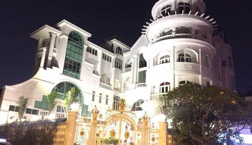 Bán toà Lâu Đài siêu đẹp Giang Văn Minh Quận 2