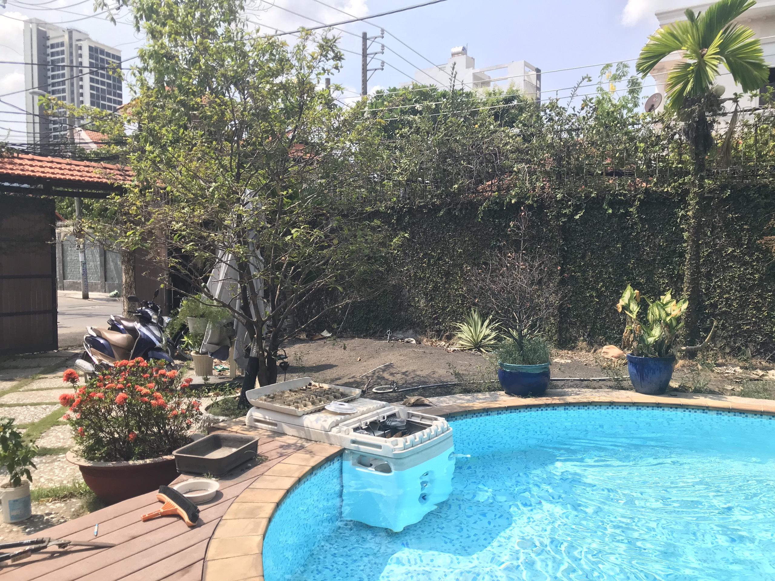 Biệt thự Thảo Điền Quận 2 có hồ bơi hai mặt tiền đường